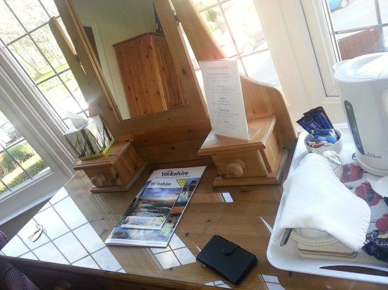 Sunningdale Guest House: Tea & Coffee