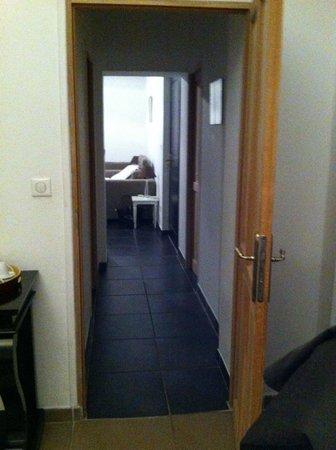 Au Vin Chambré : le couloir