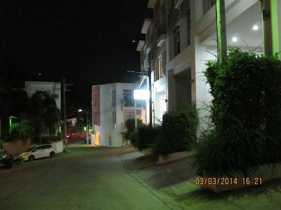 Villareal Heights : Около отеля