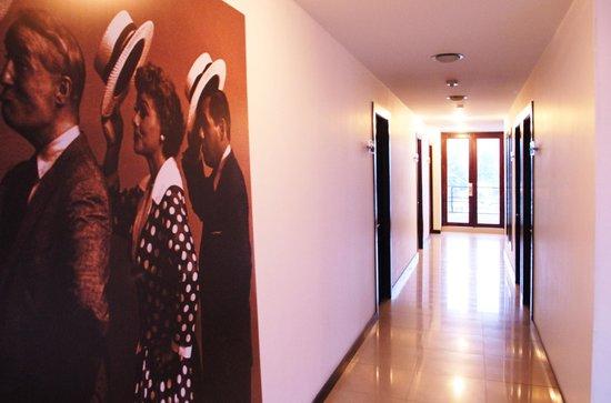 Hotel Charlotte: Pasillo habitaciones sexto piso