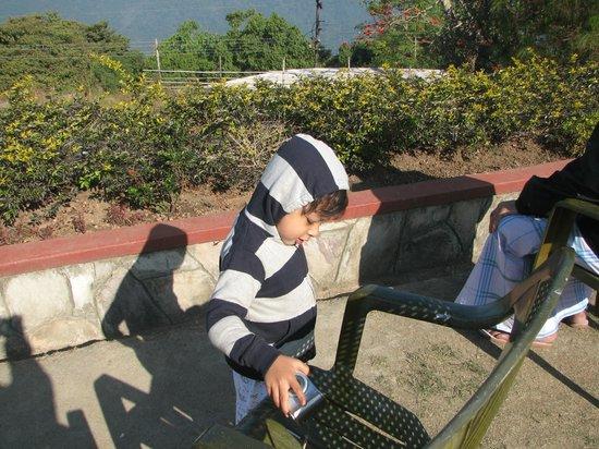 Cherrapunjee Holiday Resort: Nice to seat under sun