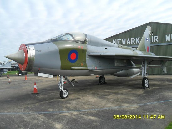 Newark Air Museum: Lightning T5