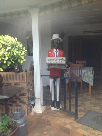 Gateway Country Lodge: Honesty bar guardian