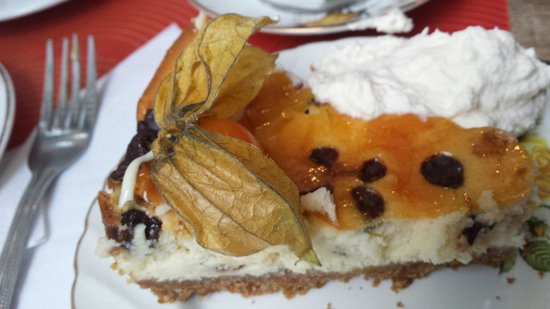 Queen of Tarts : Baileys chocolate chip cheescake