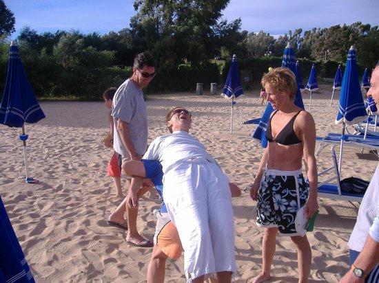 Residence Hotel Porto Mannu : giochi di spiaggia a PortoMannu