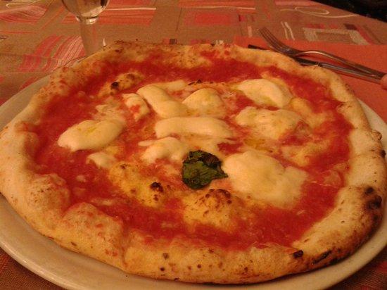Pizzeria Add'o Guaglione: bufala