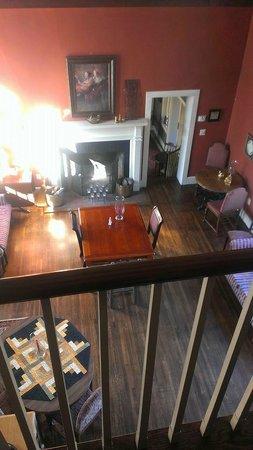 Hillbrook Inn: Locke's Nest looking down