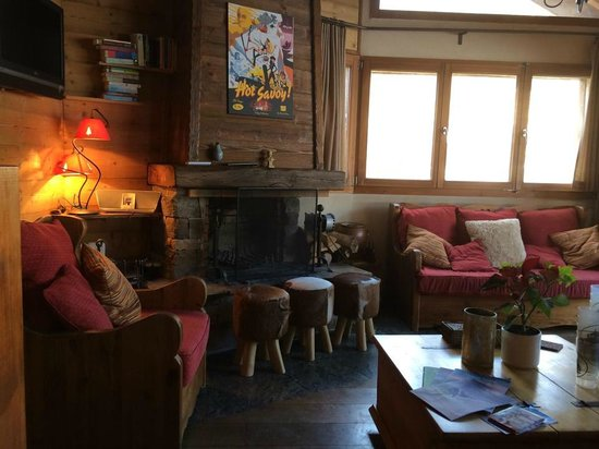 The Barn: L'Ecurie's cosy living room