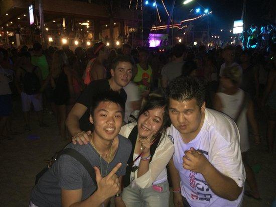 Full Moon Party: W &ALS team