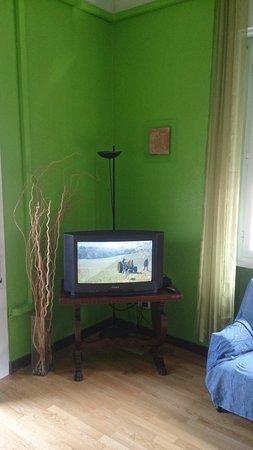 B&B AGV: Angolo TV