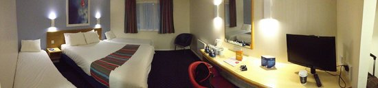 Travelodge Burford Cotswolds: Room