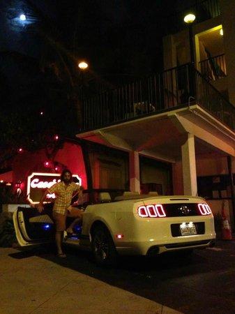 snooze: Parcheggio hotel