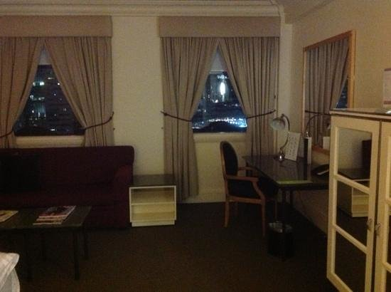 Vibe Savoy Hotel Melbourne : upgraded room