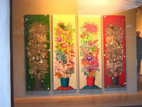 Bukchon : Art gallery at Hanok
