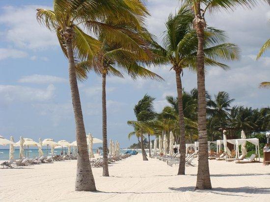 Grand Velas Riviera Maya: No rush to grab a sunbed at Grand Velas Beachfront