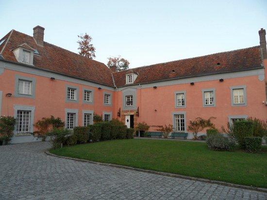 Le Manoir de la Grande Commune : Le bâtiment principal du Manoir