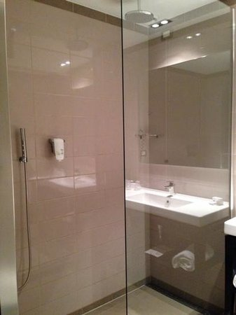 Blu Hotel Brixia: la grande doccia