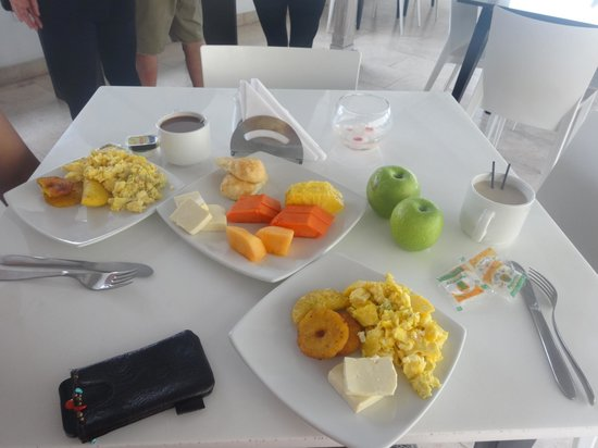 Zalmedina Hotel : Nice breakfast Spread