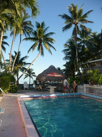 Sands of Islamorada Hotel: La piscine