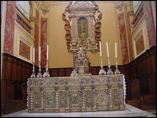 Cathedral of Santa Maria : Interior da Catedral.