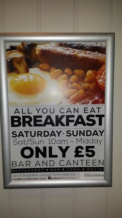Winelodge Suites: Added bonus or what??  All you can eat breaky for a fiver!!