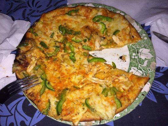Goretti's Beachside Pizzaria and Grill: The chicken and green pepper pizza