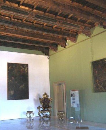 Museo Diocesano di Palermo (Le Stanze dei Vescovi) : Sala Beccadelli, soffitto del XV secolo