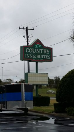 Country Inn & Suites By Carlson, Lake City: Outside sign.