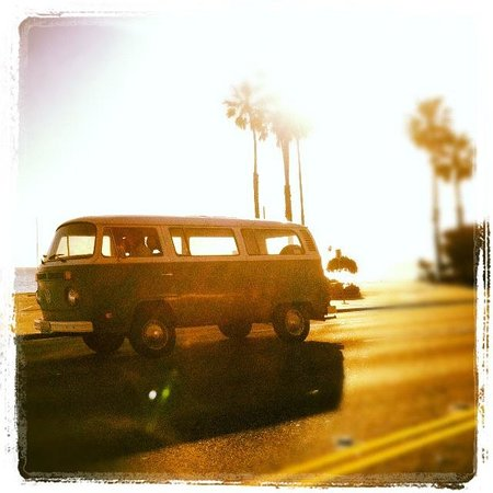 The Hotel California: Picture taken right off the PCH
