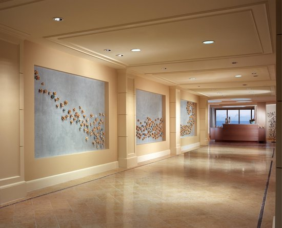 One Ocean Resort & Spa: Spa Corridor