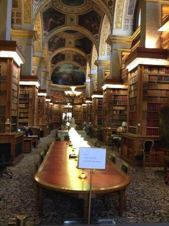 Assemblee Nationale: The library in the National Assembly