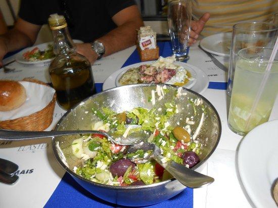 Acropoles : A salada, desmontada por nós