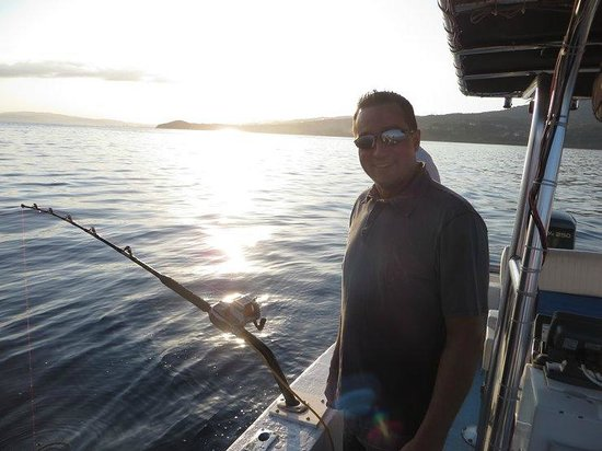 Tbird with captain howard and manowar picture of deep for Jamaica fishing charters