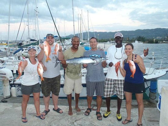 Deep Drop Fishing Charters: Day 2 fishing success.