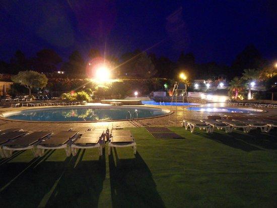 Esterel Caravaning: piscines