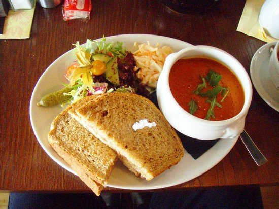 Cafe Continental: Soup