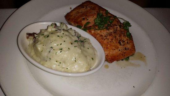 The Capital Grille: Citrus salmon