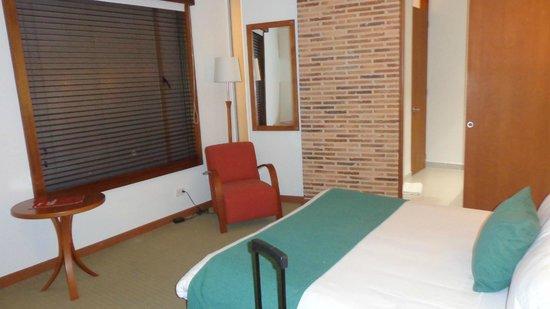 Habitel Hotel: quarto