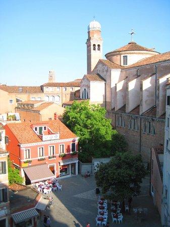 Hotel Papadopoli Venezia MGallery by Sofitel: view from hotel window