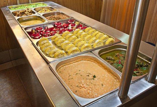 Fine Un Variado Buffet Marino Y Criollo Picture Of Restaurante Home Interior And Landscaping Ponolsignezvosmurscom