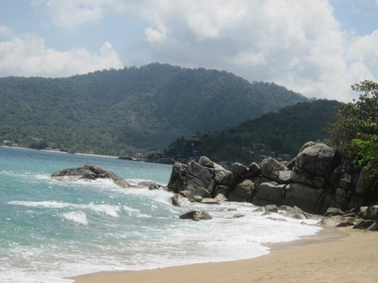 Santhiya Koh Phangan Resort & Spa: beach