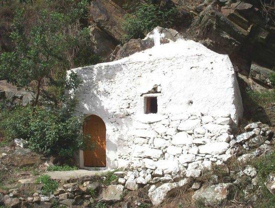 Mariou, Greece: Small church