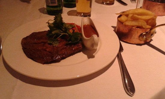 Doubletree by Hilton Chester : yummy steak in marco piere white restaurant