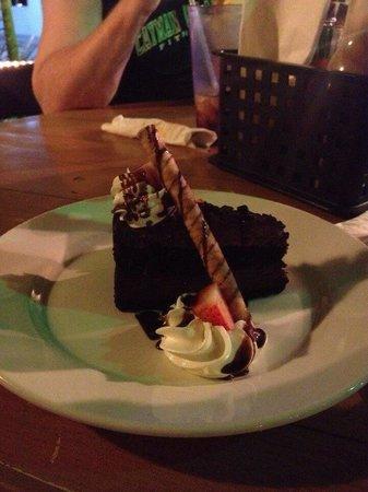 Coconut Joe's Beach Bar & Grill: Chocolate cake!!!