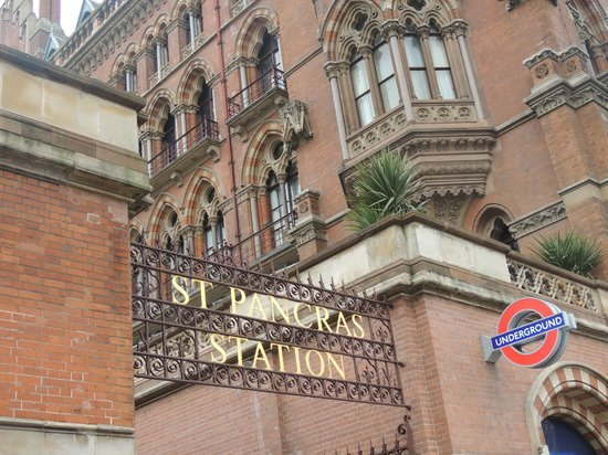 Pullman London St Pancras Hotel : View of St. Pancras Station