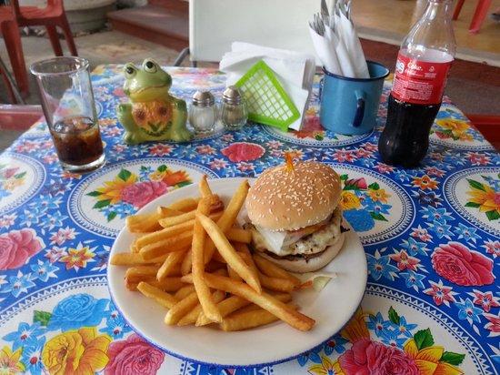 Tacomaya: extremely good burger.