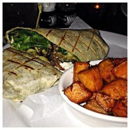Moonshine Patio Bar & Grill: The Bohemian