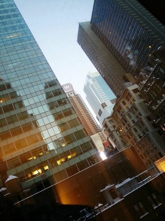 Kimpton Muse Hotel: View of Time Square