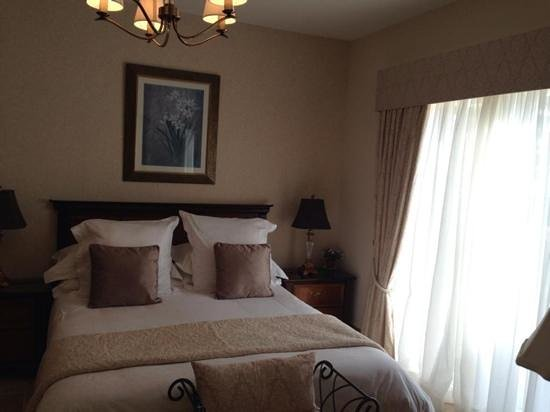 Crowfield Country House : Heart Bedroom