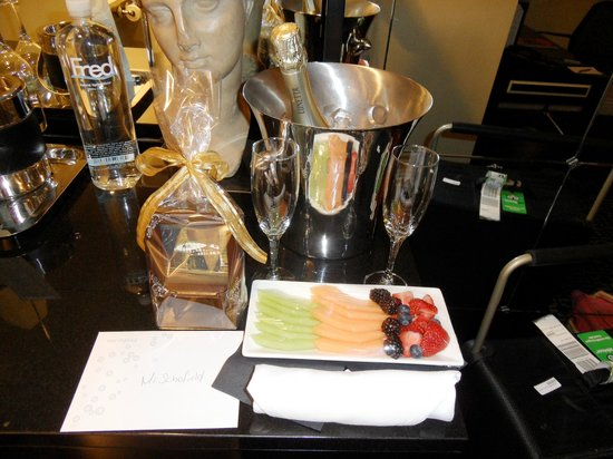 The Muse Hotel New York: Little Birthday surprise I received from the hotel
